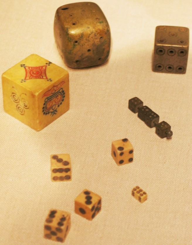 Historical_dice